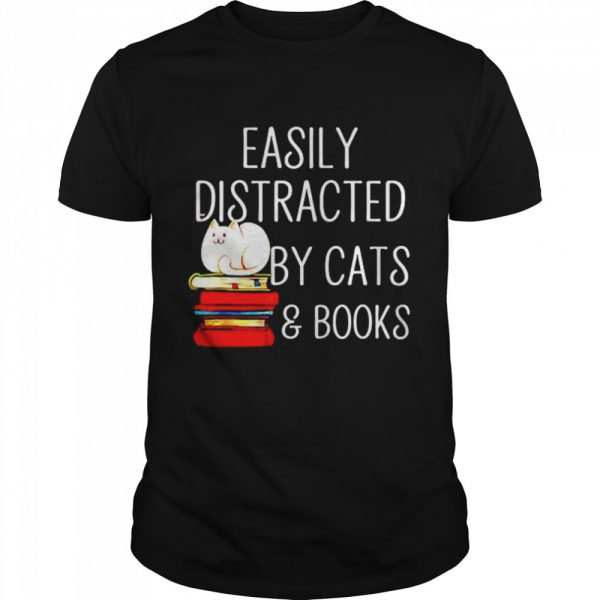 Easily Distracted by cats and books  Classic Men's T-shirt
